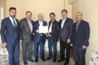DOĞU ANADOLU - Başkan Er'den Gazeteci Taş'a Teşekkür Belgesi