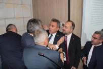 MECLIS BAŞKANı - Büyükşehir Belediye Meclisi Encümen Üyeliği Seçimlerinde Arbede