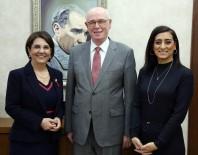 MILLETVEKILI - CHP PM Üyesi Usluer Ve Eski İl Başkanı Akman'dan Başkan Kurt'a Ziyaret