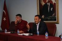 DENIZ TICARET ODASı - Kaş'ta Turizm Sektör Toplantısı Yapıldı