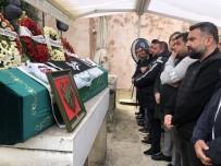 CENAZE - (Özel) Antalya'da Trafik Kazasında Hayatını Kaybeden Futbolcu Gürkan Helvacıoğlu Son Yolculuğuna Uğurlandı