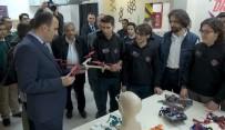 İŞİTME ENGELLİ - Başkan Altay, Robot Yarışmasında Şampiyon Olan Öğrencilerle Buluştu