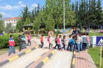 TOPLUM DESTEKLI POLISLIK - Çocuklara Uygulamalı Trafik Eğitimi Devam Ediyor