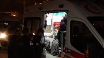 KERVAN - Yangına Giden İtfaiye Aracı Kaza Yaptı