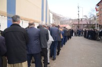 AŞIRET - Beytüşşebap'ta AK Partili Vatandaşlar Seçim Zaferini Kutladı