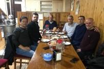 ZIGANA - Seçimi Kazandı Rakiplerine Yemek Söyledi