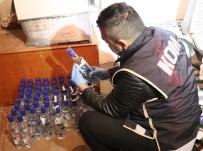 TARıM - Ayakkabıcıda 37,5 Litre Kaçak İçki Ele Geçirildi