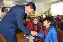 CENAZE - Başkan Özcan Çocukların Sorularını Yanıtladı