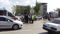 DİREKSİYON - Denizli'de Trafik Kazası Açıklaması 5 Yaralı
