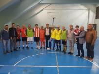 YUSUF ASLAN - Futsalda 40 Yıllık Örnek Birlikteliğe ASKF'den Madalyalı Tebrik