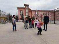 ÖĞRENCİLER - Geleceğin Çocukları Sporla Buluştu