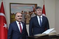 ÖĞRENCİLER - Kazakistan Cumhuriyeti Ankara Büyükelçisi Abzal Saparbekuly, Kayseri Valiliğini Ziyaret Etti