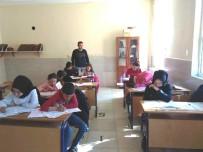 ÖĞRENCİLER - Kitap Okuma Yarışması'nın İl Sınavları Hisarcık'ta Yapıldı