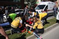 BAHÇELİEVLER - Şehiriçi Toplu Ulaşım Midibüsü Kamyonet İle Çarpıştı Açıklaması 6 Yaralı