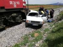 Uşak'ta Tren Kazası Açıklaması 2 Ağır Yaralı
