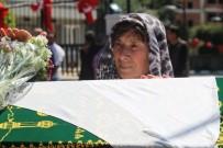 CENAZE - Yatağında Ölü Bulunan Öğretmen İçin Gözyaşları Sel Oldu
