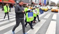 FARKıNDALıK - Minik Trafik Polisleri İş Başında