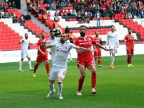 UŞAKSPOR - TFF 2. Lig Açıklaması Yılport Samsunspor Açıklaması 4 - Utaş Uşakspor Açıklaması 0