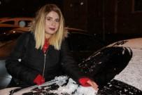 KAR YAĞıŞı - Erzurum'da Kar Yağışı Kent Merkezini Beyaza Bürüdü