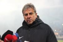 KAR YAĞıŞı - Hamzaoğlu Açıklaması 'Ciddi Bir Şekilde Antalyaspor Maçına Odaklandık'
