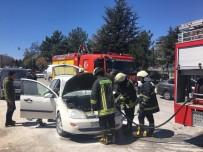 ISPARTA BELEDİYESİ - Isparta'da Araç Yangını