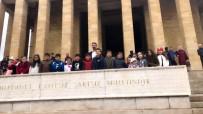 Kaynarcalı Öğrenciler Anıtkabirde Mezuniyet Töreni Düzenledi