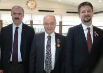 YARGITAY BAŞKANI - Kütahyalı İşadamı Güral'a, Macaristan Cumhurbaşkanlarından İki Altın Madalya