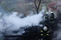 Sinop'ta Evde Yangın Açıklaması 3 Ölü