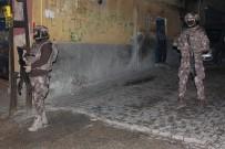 UYUŞTURUCU MADDE - Uyuşturucu Tacirlerine Eş Zamanlı Operasyon Açıklaması 8 Gözaltı