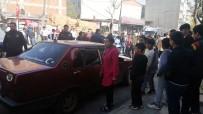 POLİS EKİPLERİ - Avcılar'da İki Grup Arasında 'Telefon Alışverişi' Kavgası