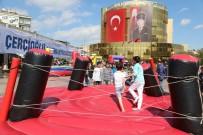 BÜYÜKŞEHİR BELEDİYESİ - Aydın Büyükşehir 23 Nisan'ı Çocuklarla Şenlik Havasında Kutladı