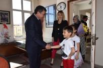 Çocuk Başkan Oyun Parkı Ve Top İstedi
