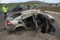 JANDARMA - Elazığ'da Zincirleme Trafik Kazası Açıklaması 5 Yaralı