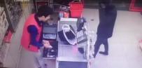 POLİS EKİPLERİ - İki Marketi Birden Soydu, Paraları Alıp Kayıplara Karıştı