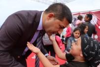 MUSTAFA KEMAL ATATÜRK - Kuşadası Belediyesinden 3 Ayrı Noktada Çocuk Şenliği