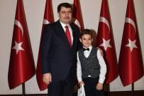 VASIP ŞAHIN - Vali Şahin, Çocukları Makamında Kabul Etti