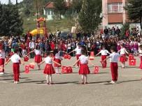ULUSLARARASI - Vezirhan'da 23 Nisan Coşkusu