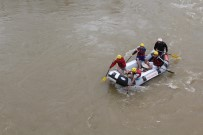 HÜSEYIN VURAL - Murat Nehri'nde Rafting Heyecanı