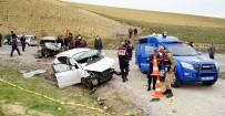 Nişanlısıyla Tartışan Sürücü Felakete Yol Açtı Açıklaması 2 Ölü