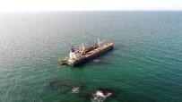 (Özel) Şile'de Karaya Oturan Gemiyi Kurtarma Çalışmalarında Son Durum Havadan Görüntülendi