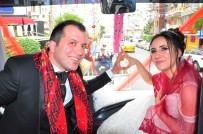 SERVİS ŞOFÖRÜ - Servis Otobüsünü Gelin Arabası Yaptı