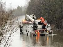 BRUNSWICK - Şiddetli Yağış Ve Fırtına Kanada'yı Sular Altında Bıraktı