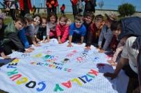 300 Çocuk Samsun Kızılay Kampı'nda Eğlendi