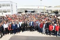 KAMİL OKYAY SINDIR - Başkan Gümrükçü, İşçilerle Buluştu