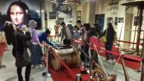 İZMIR EKONOMI ÜNIVERSITESI - 'Çocuk Gibi Bak' Projesi Kapsamında Leonardo Da Vinci İle Buluştular