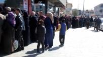 KARAAĞAÇ - Erzincan'da Ucuz Et Kuyruğu