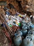 YARDIM MALZEMESİ - Tunceli'de Teröristlerin Kullandığı Mağara İmha Edildi, Malzemeler Ele Geçirildi