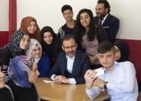 MEHMET KASAPOĞLU - Bakan Kasapoğlu'ndan Yıldırım Beyazıt Anadolu İmam Hatip Lisesi'ne Ziyaret