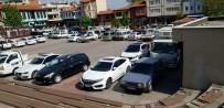 SÜLEYMAN SEBA - Belediye Park Şirketleri Verimli Olmayan Alanlardan Çekilince Değnekçiler Yeniden Hortladı