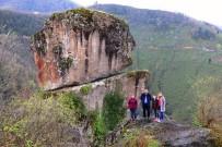 Giresun'da Sıradışı Bir Yer Açıklaması Gelin Kayası